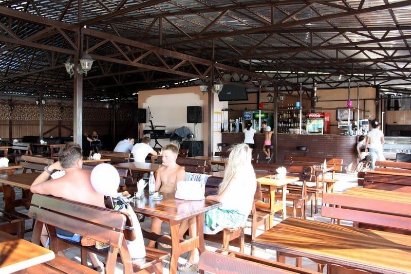 Кафе «Райский уголок» в Ольгинке