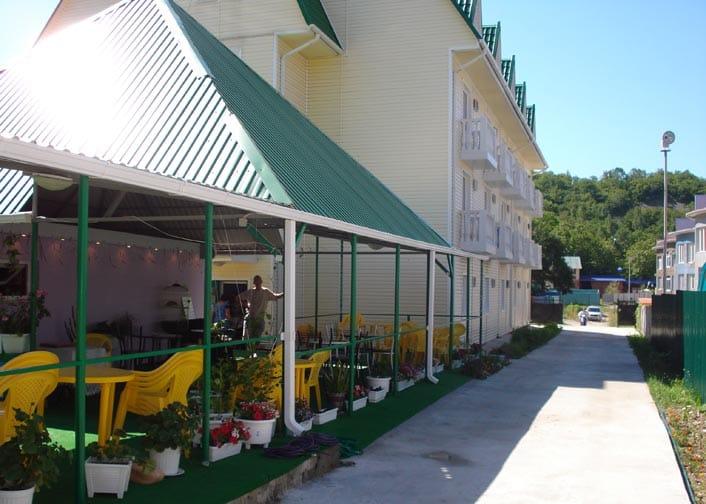 Гостиница «Век» в Ольгинке