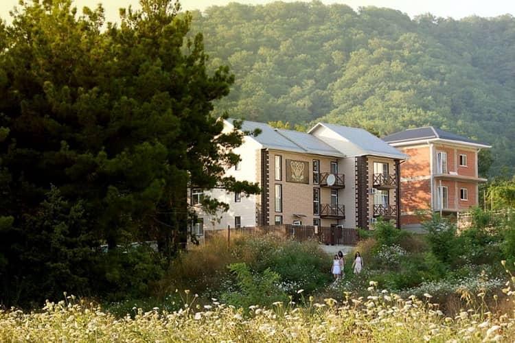 Гостевой дом«Павлин-Мавлин» в Ольгинке